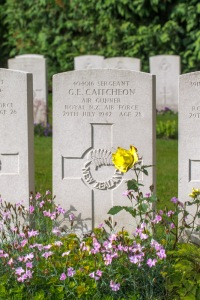 nzwargraves.org.nz/casualties/gordon-edwin-caitcheon © New Zealand War Graves Project