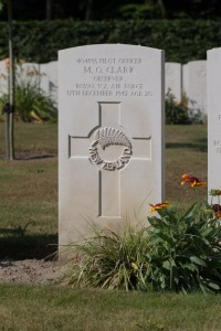 nzwargraves.org.nz/casualties/mervyn-oliver-clark © New Zealand War Graves Project