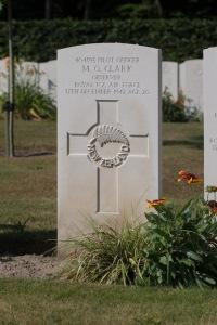 nzwargraves.org.nz/casualties/mervyn-oliver-clark © New Zealand War Graves Project