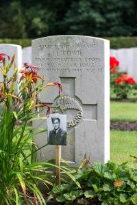 nzwargraves.org.nz/casualties/james-lindis-cowie © New Zealand War Graves Project