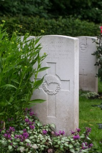 nzwargraves.org.nz/casualties/ellison-george-firth © New Zealand War Graves Project