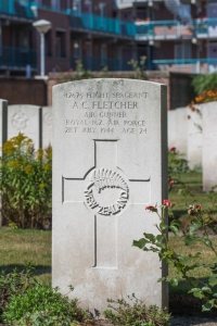 nzwargraves.org.nz/casualties/andrew-crawford-fletcher © New Zealand War Graves Project