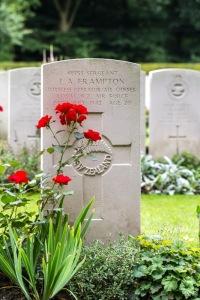 nzwargraves.org.nz/casualties/laurie-albert-frampton © New Zealand War Graves Project