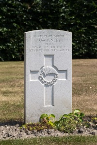 nzwargraves.org.nz/casualties/douglas-charles-henley © New Zealand War Graves Project