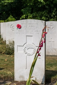 nzwargraves.org.nz/casualties/jack-leslie-jury © New Zealand War Graves Project