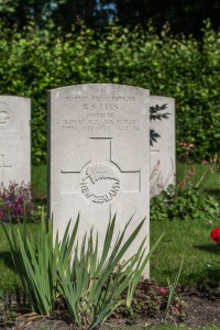 nzwargraves.org.nz/casualties/reginald-sidney-lees © New Zealand War Graves Project