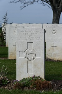 nzwargraves.org.nz/casualties/eric-john-roberts © New Zealand War Graves Project