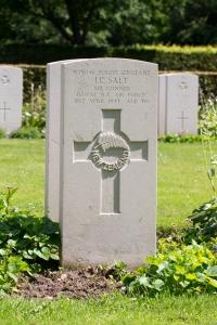 nzwargraves.org.nz/casualties/ian-charles-salt © New Zealand War Graves Project