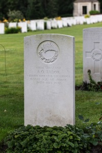 nzwargraves.org.nz/casualties/adrian-oscar-tabor © New Zealand War Graves Project