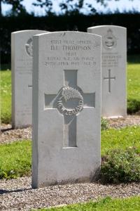 nzwargraves.org.nz/casualties/desmond-lewis-thompson © New Zealand War Graves Project