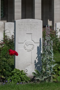 nzwargraves.org.nz/casualties/raymond-wickliffe-john-trengrove © New Zealand War Graves Project
