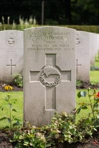 nzwargraves.org.nz/casualties/john-cecil-turner © New Zealand War Graves Project