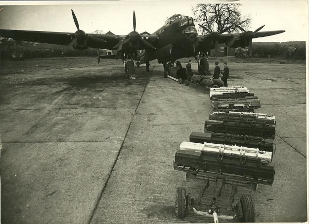 75 Squadron JN Lanc