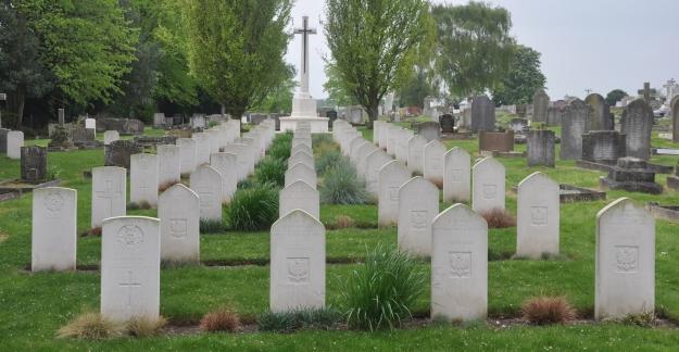 Newmarket Cemetery CWWG Plot