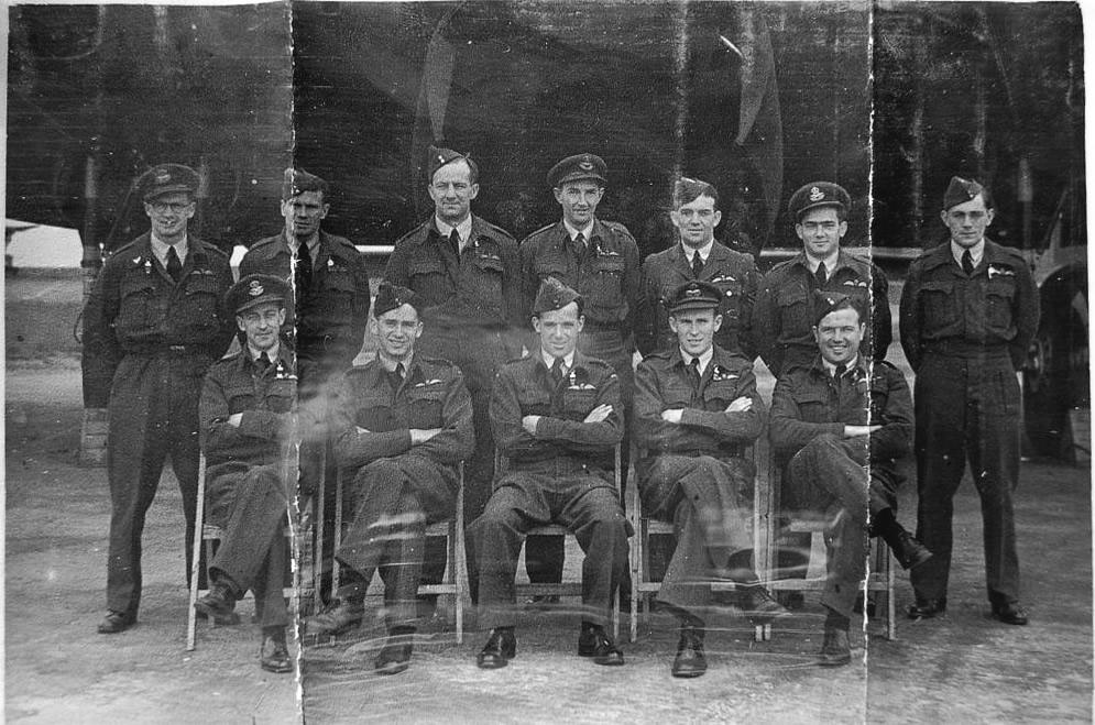 B-Flight-Pilots-June1945