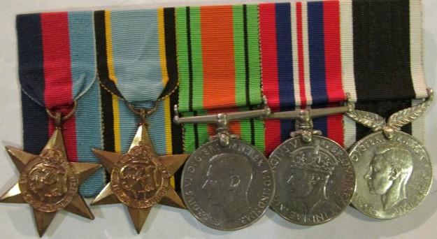 Medals Gordon Irwin (2)