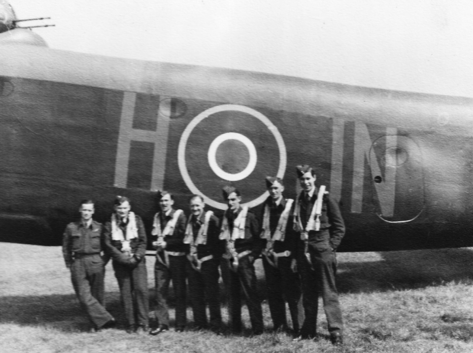 Lowe crew C Flight 75 Sqdn Stirling